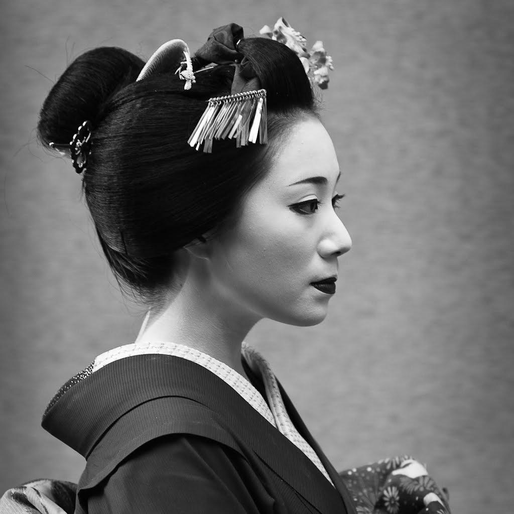 [75+] Japanese Geisha Wallpaper On WallpaperSafari