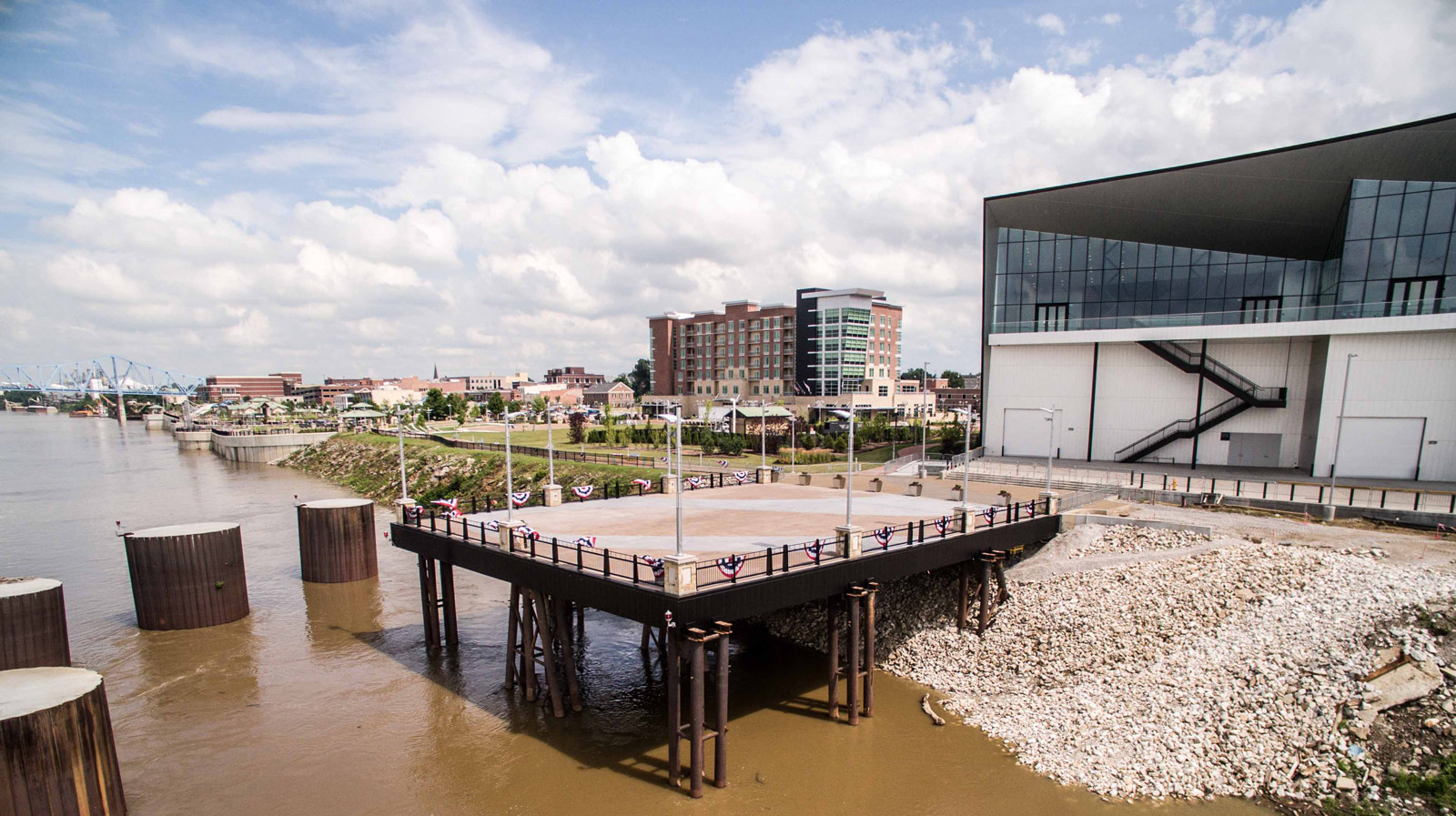 Grand Opening of The Pier at FA5   Owensboro Living 1600x897
