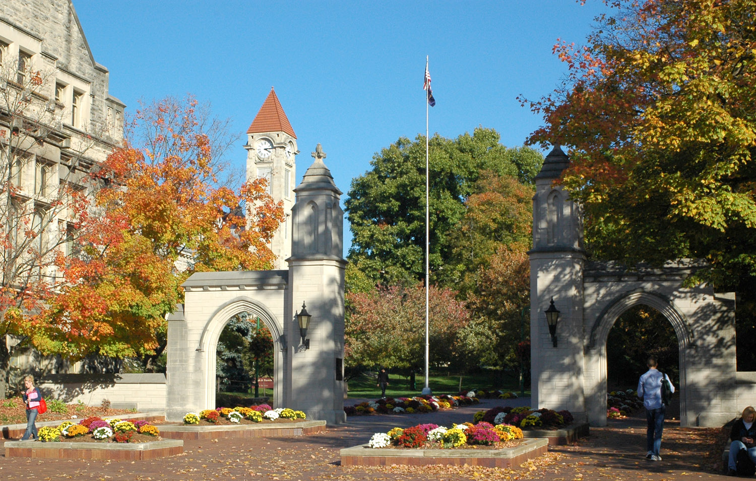 a report of the attack on the young man on the campus of indiana university What you should know about reporting sexual how they can report an attack and of a former indiana university student and.