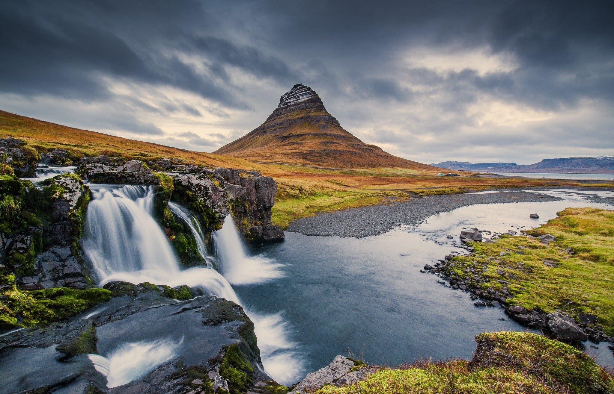 Mountain Kirkjufell Iceland waterfall wallpaper 2048x1316 282209 2048x1316