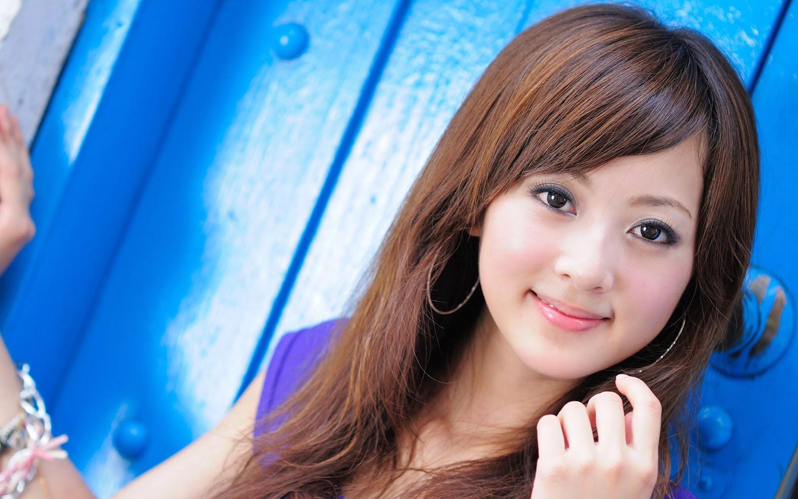 Mikako Zhang 36179 1600x1000px 1600x1000