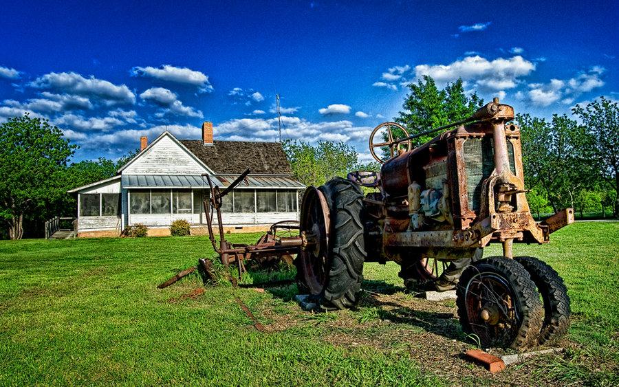 Old Farm Tractors Wallpapers httpphototurtle70deviantartcomart 900x563