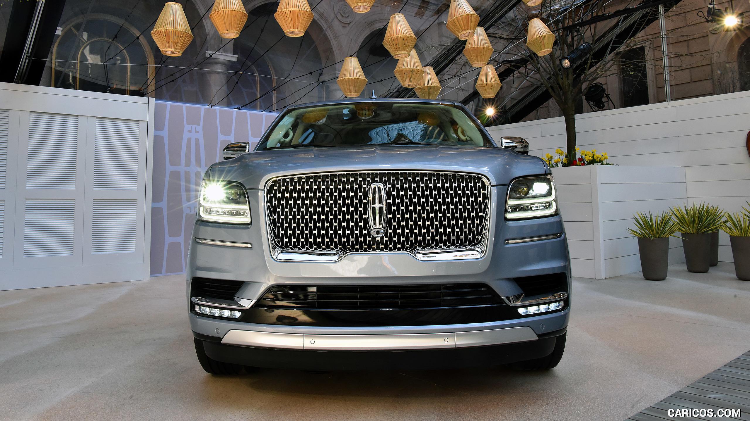 2018 Lincoln Navigator   Front HD Wallpaper 31 2560x1440