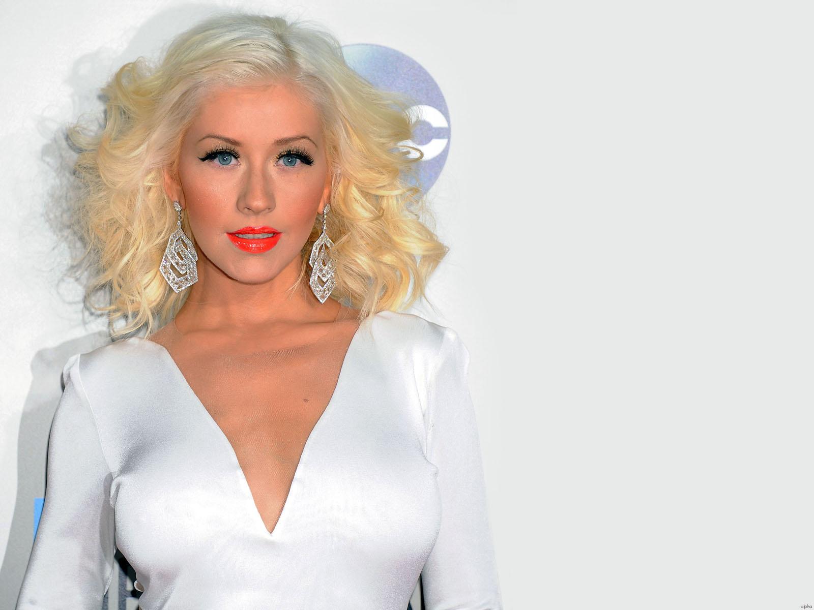 Christina Aguilera Wallpapers 16 1600x1200