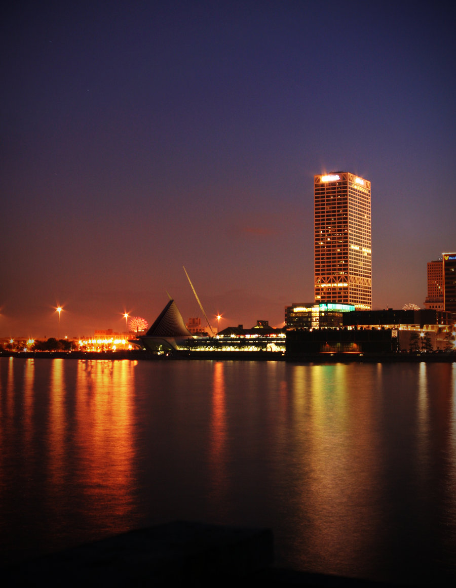 Milwaukee Skyline HD Wallpaper Background Images 900x1162