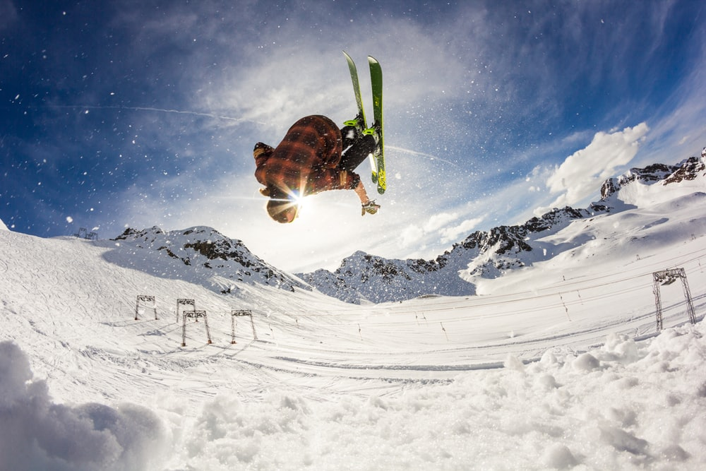 Freeskiing Pictures Download Images on Unsplash 1000x667