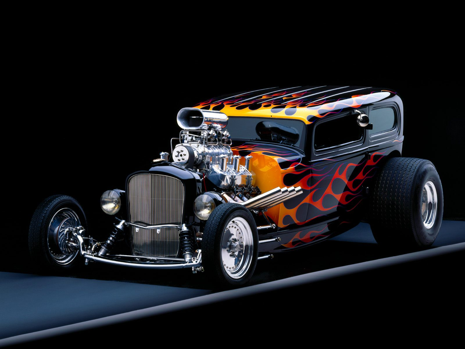 Desktop wallpaper downloads 1932 Ford Tudor car high resolution 1600x1200