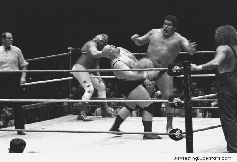 Andre The Giant Kicked On Opponent   WWE Superstars WWE 817x561