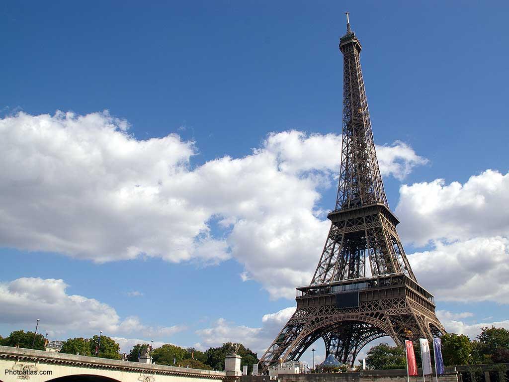 45 ] Wallpaper Of Eiffel Tower On WallpaperSafari