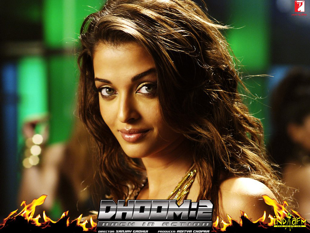 Dhoom 2 2006 Wallpapers aishwarya rai 214   Bollywood Hungama 1024x768