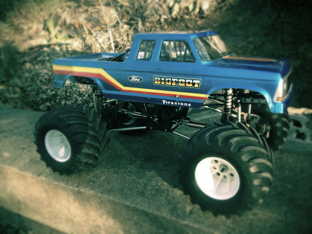 Bigfoot Monster Truck Toys Gun 1024x768