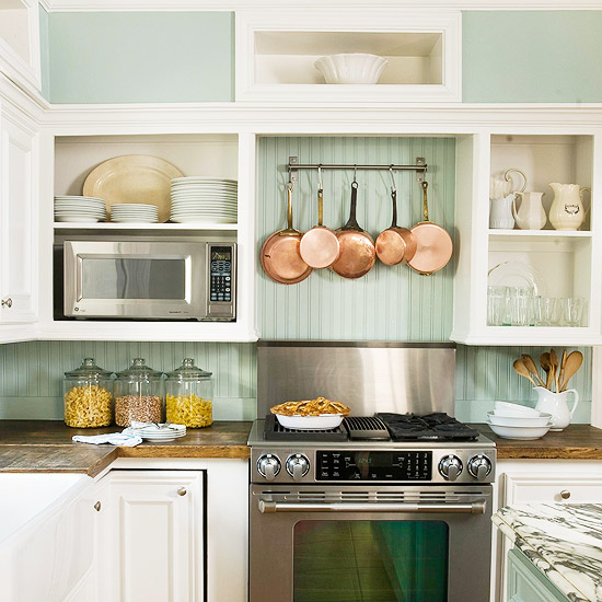 Beadboard Backsplash   Cottage   kitchen   BHG 550x550