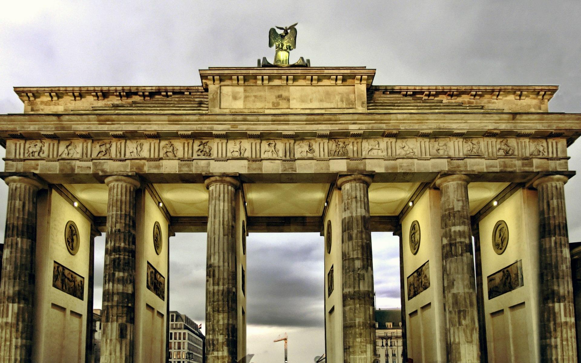 Brandenburg Gate Wallpapers and Background Images   stmednet 1920x1200