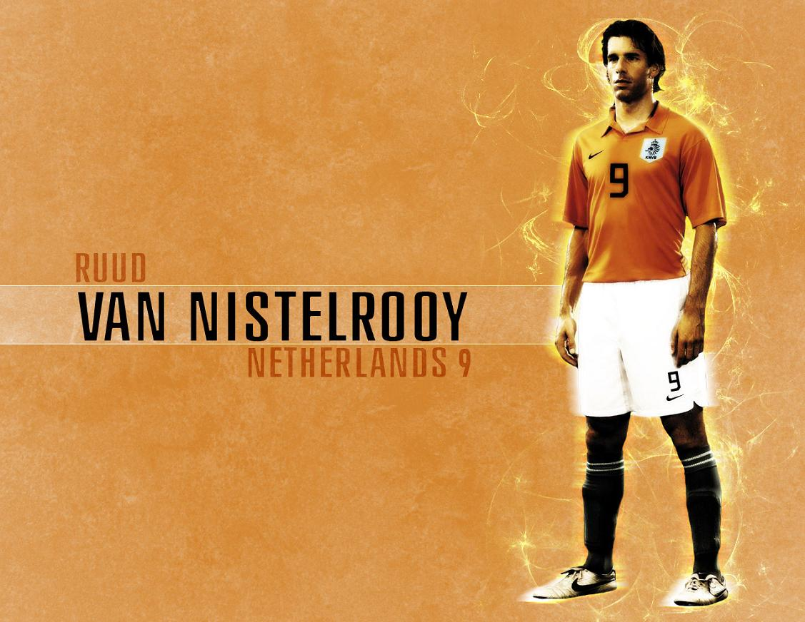 RUUD VAN NISTELROOY wallpaper Football Pictures and Photos 1127x872