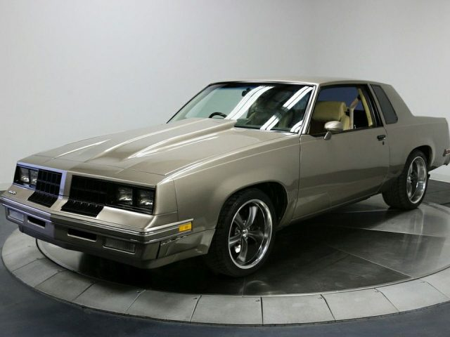 2017 Oldsmobile Cutlass Supreme HD Car Pictures Wallpapers 640x480