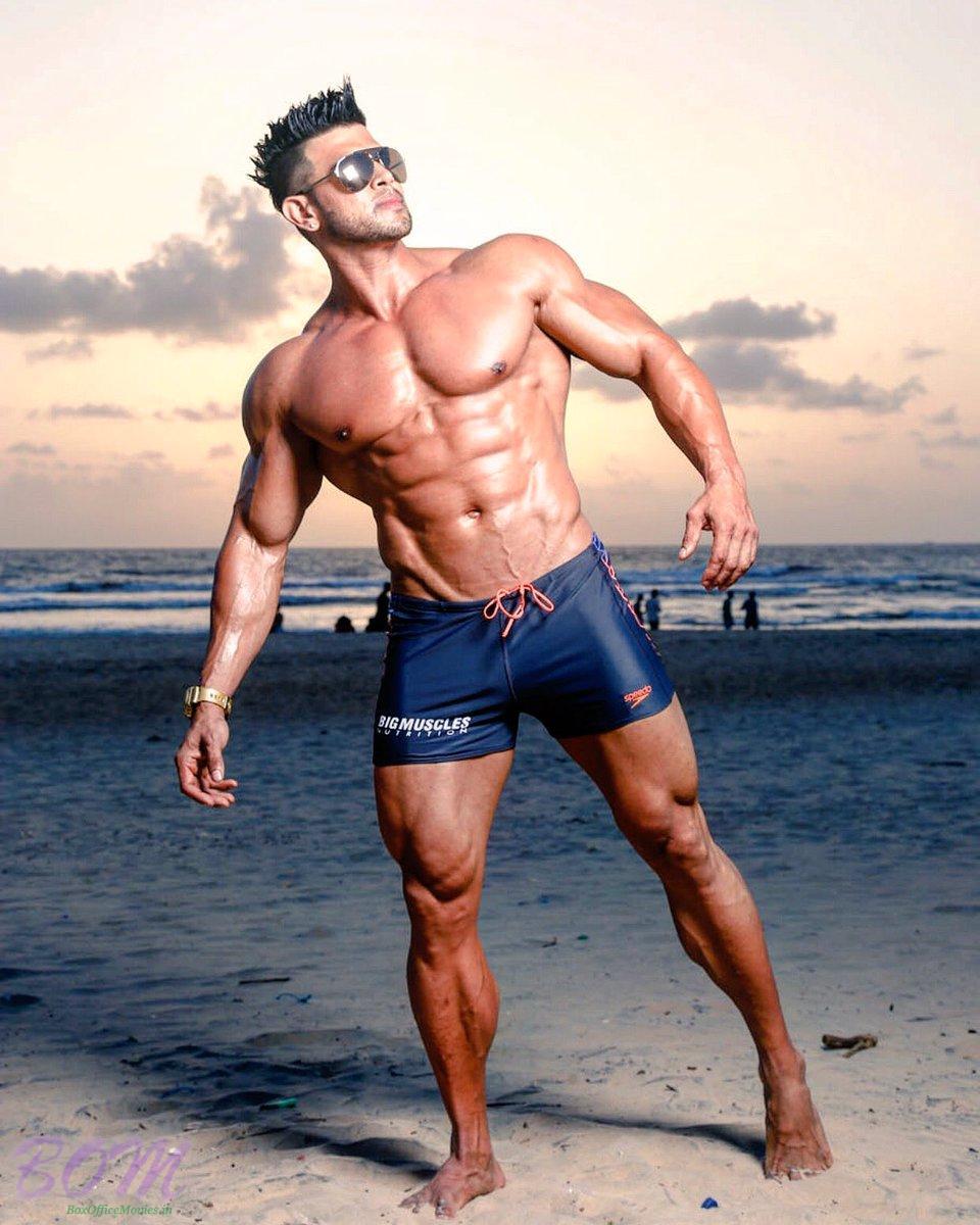 Xcuse me its Sahil Khan awesome style   Bollywood latest photos news 960x1200