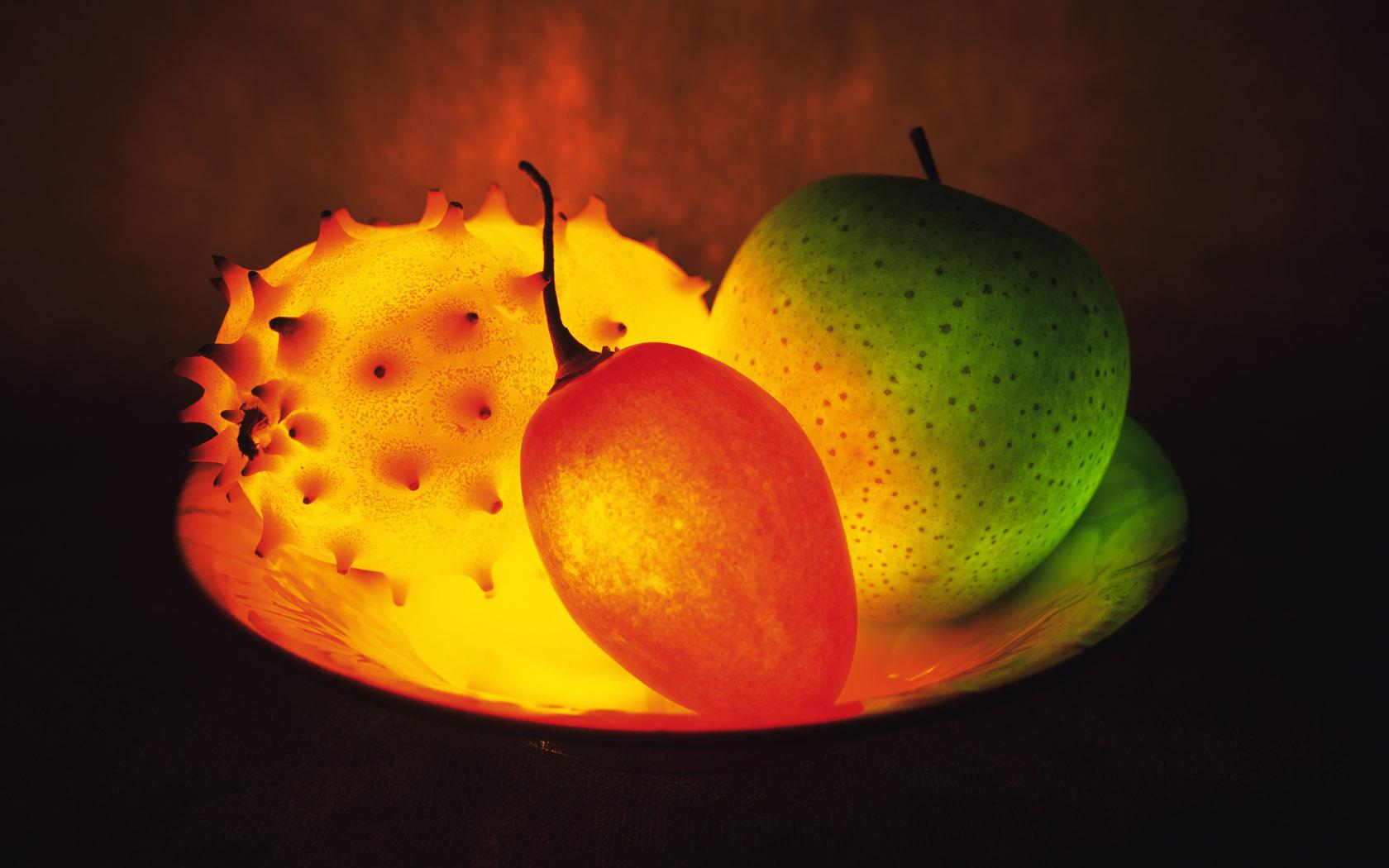 apple fruit photos wallpaper 1680x1050