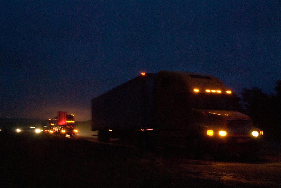 Download semi trucks at night on the shoulder joel sartorejpg 900x602