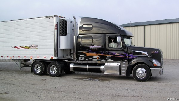 Volvo Trucks Truck Wallpaper 600x338