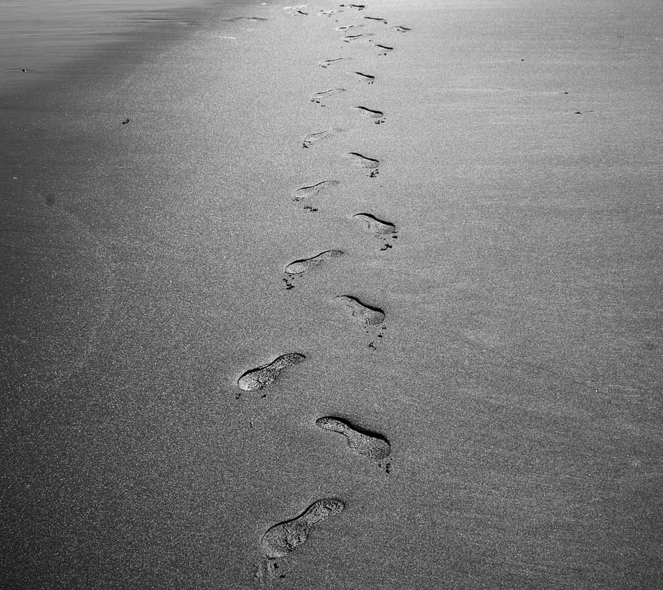 Footprints In The Sand Wallpapers 960x854