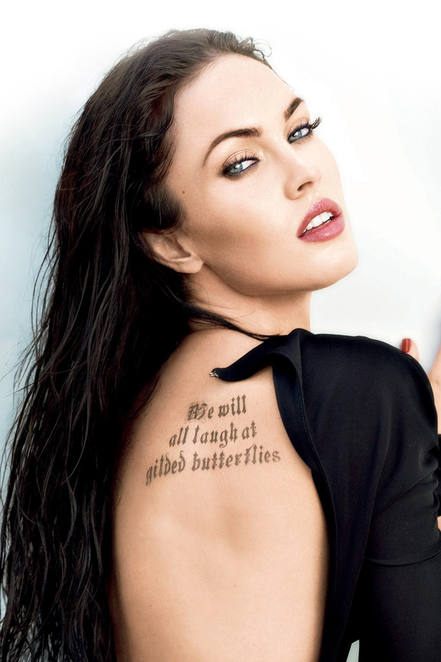 are some more wallpapers of Megan Fox for your iPhone 4 Megan Fox 640x960