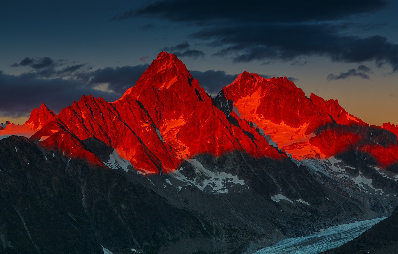 Wallpaper Sunset Mountains French Alps Alpenglow Over the 1332x850