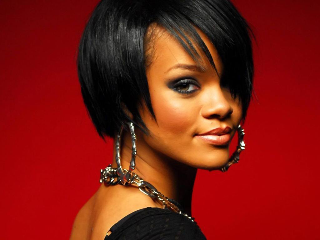 Lovely Rihanna Wallpaper   Rihanna Wallpaper 17353761 1024x768