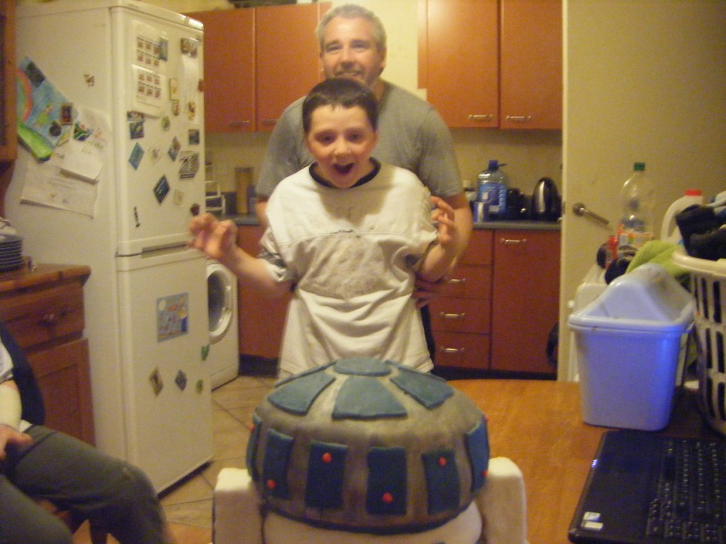 R2D2 birthday cake My 10 year old sons reaction to his R2D 1024x768