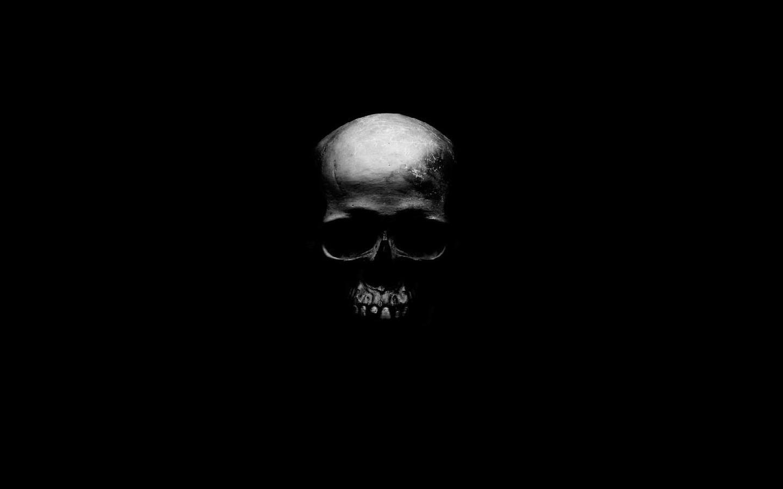free download black skull background