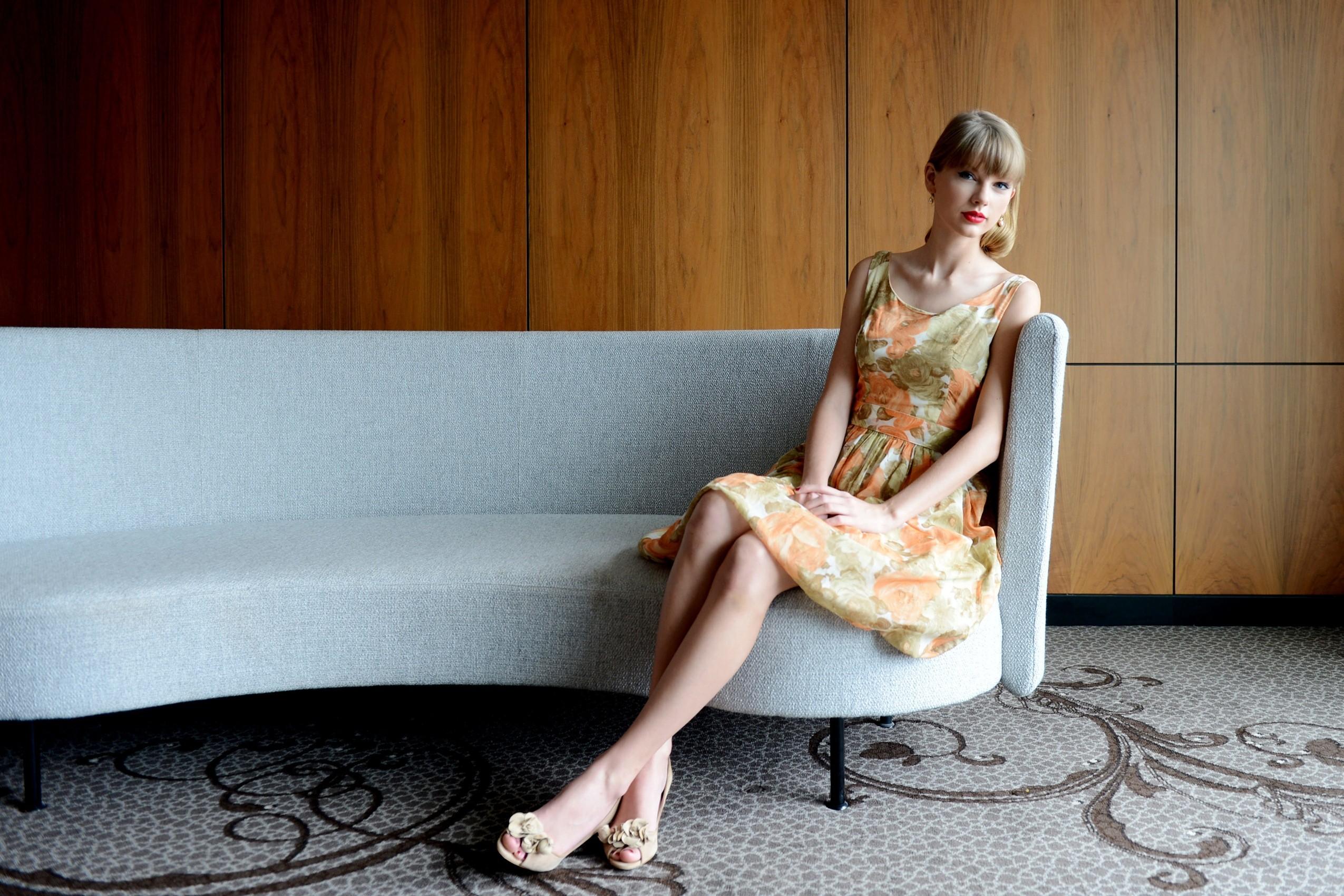 Taylor Swift 2017 Wallpaper 14090   Baltana 2550x1700
