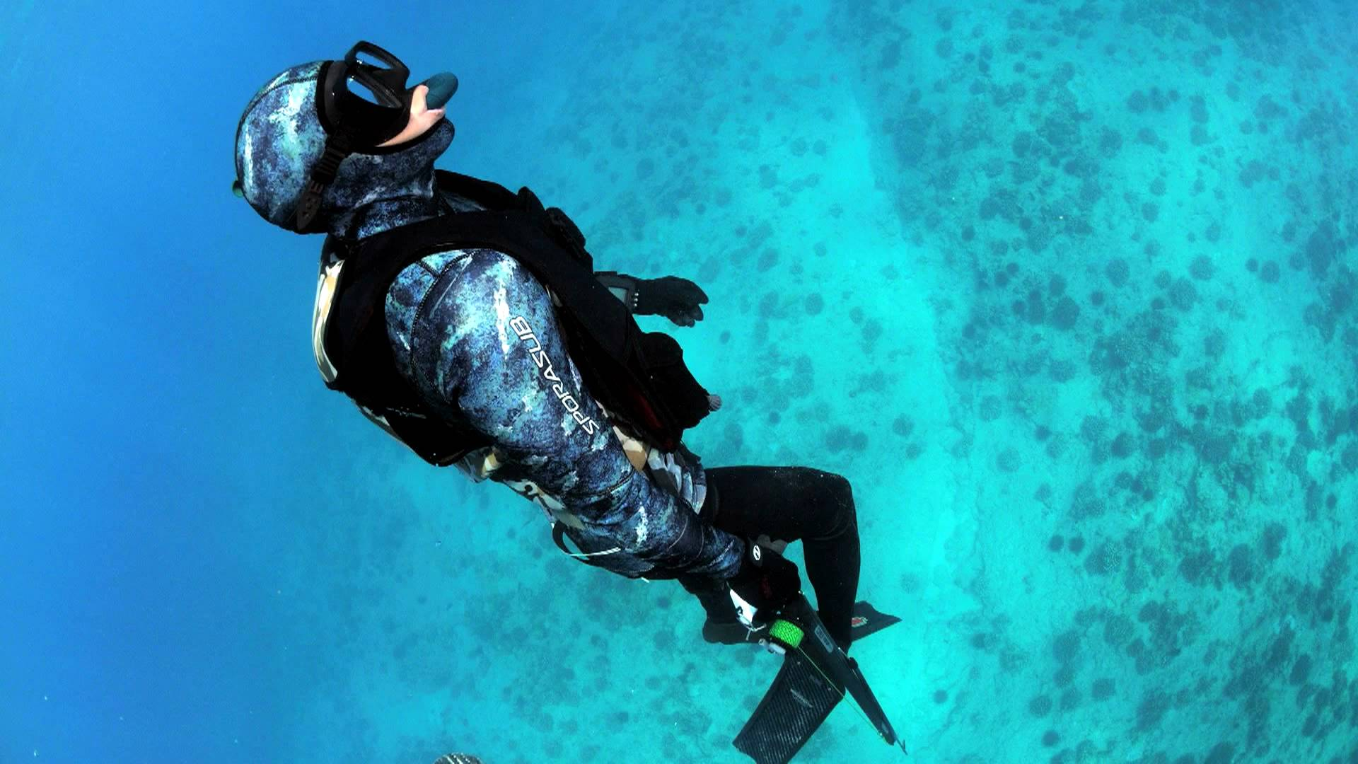 Freediving Video Freedivers Recovery Vest   FRV   Shark Freediving 1920x1080