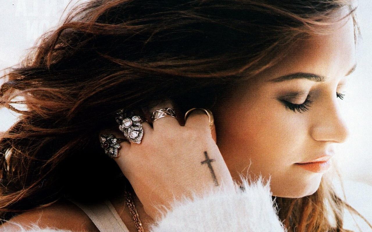 Demi Lovato  S    Demi Lovato Wallpaper 34185320 1280x800