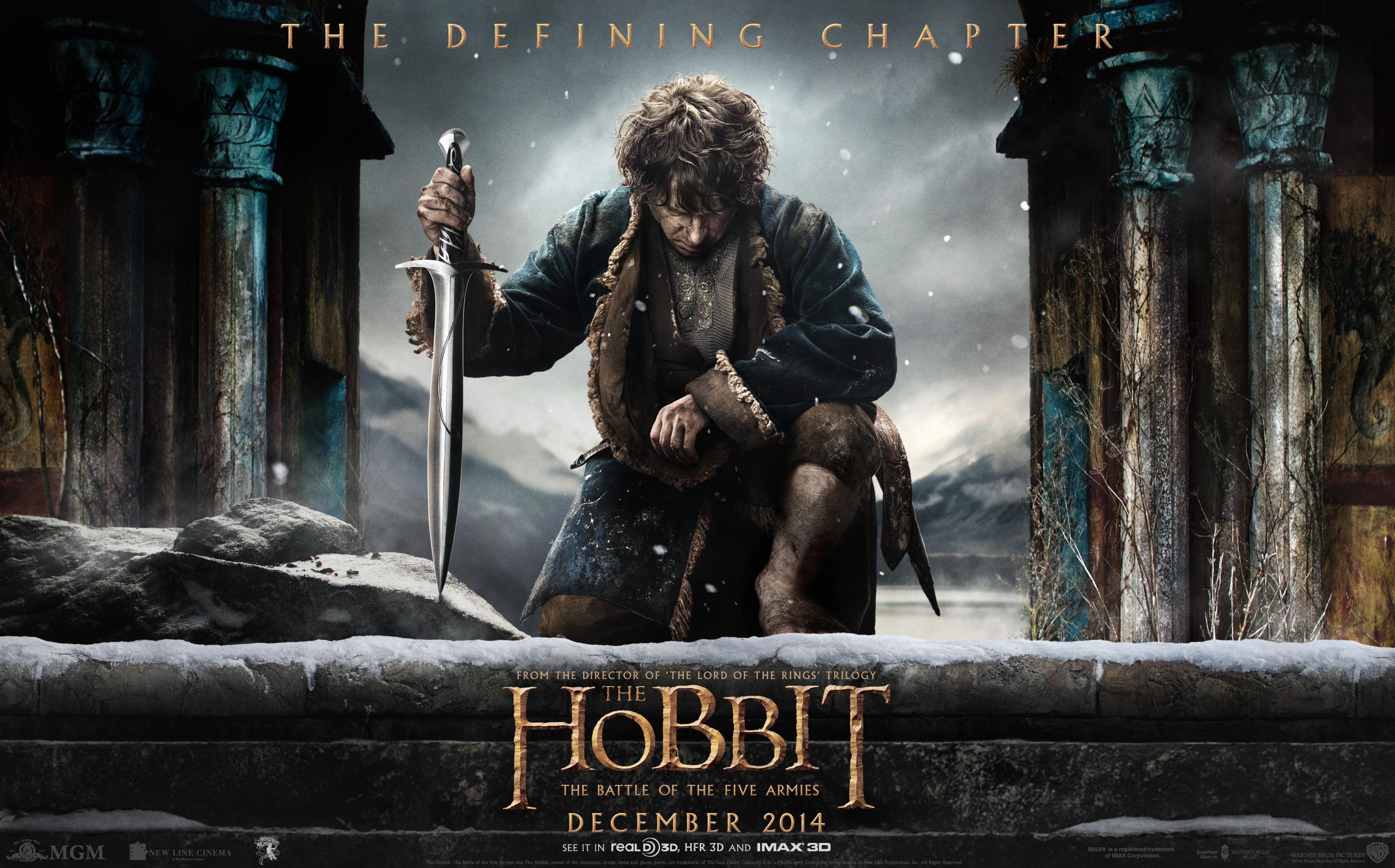 Download this high res desktop wallpaper of Bilbo kneeling with 2560x1594