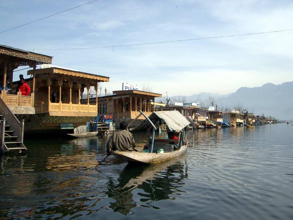 Hd wallpaper kashmir - Is Under The Lake Wallpapers Category Of Free Hd Wallpapers Kashmir