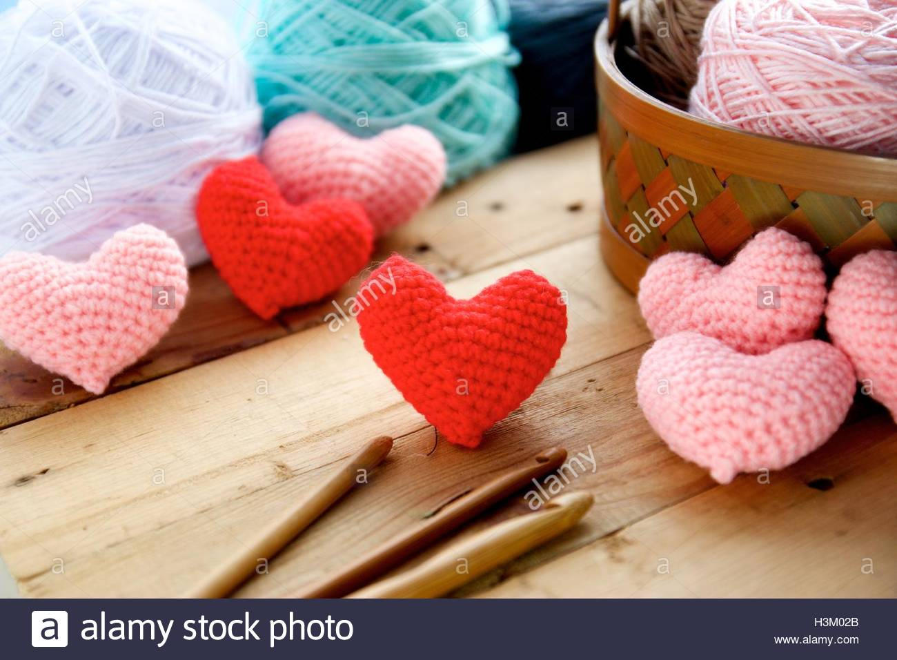Free Download Heart Crochet On Wood Table And Ball Of Yarn Background Stock 1300x956 For Your Desktop Mobile Tablet Explore 42 Yarn Background Yarn Wallpapers Yarn Background Yarn Yoshi Wallpaper
