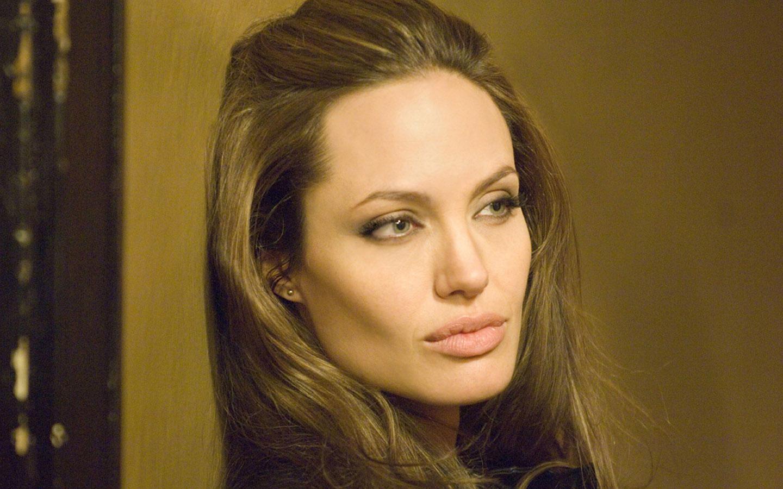 Angelina Jolie Wallpapers HD Angelina Jolie Desktop Wallpapers 2012 1440x900