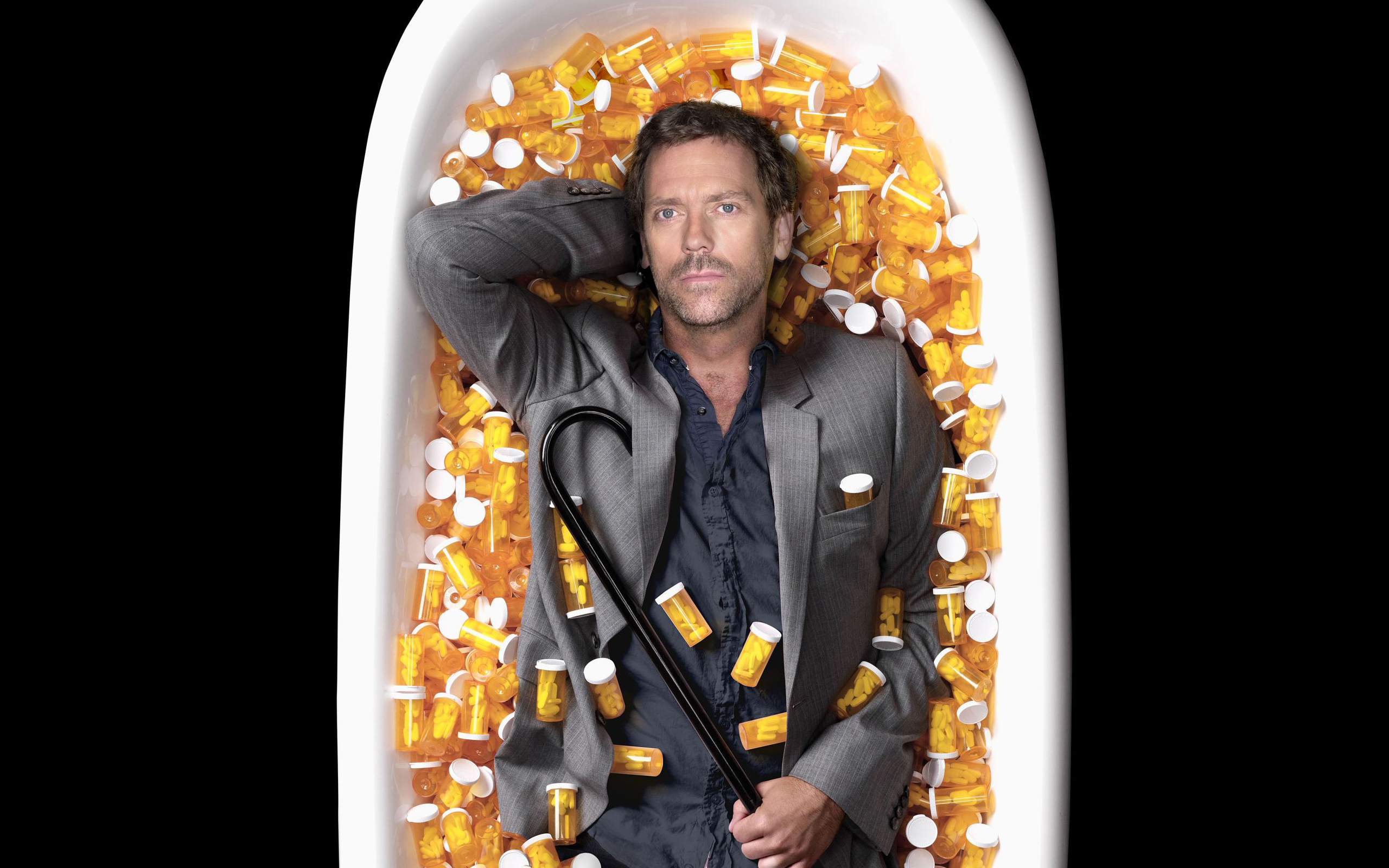 Hugh Laurie Gregory House pills vicodin doctor House MD 2560x1600