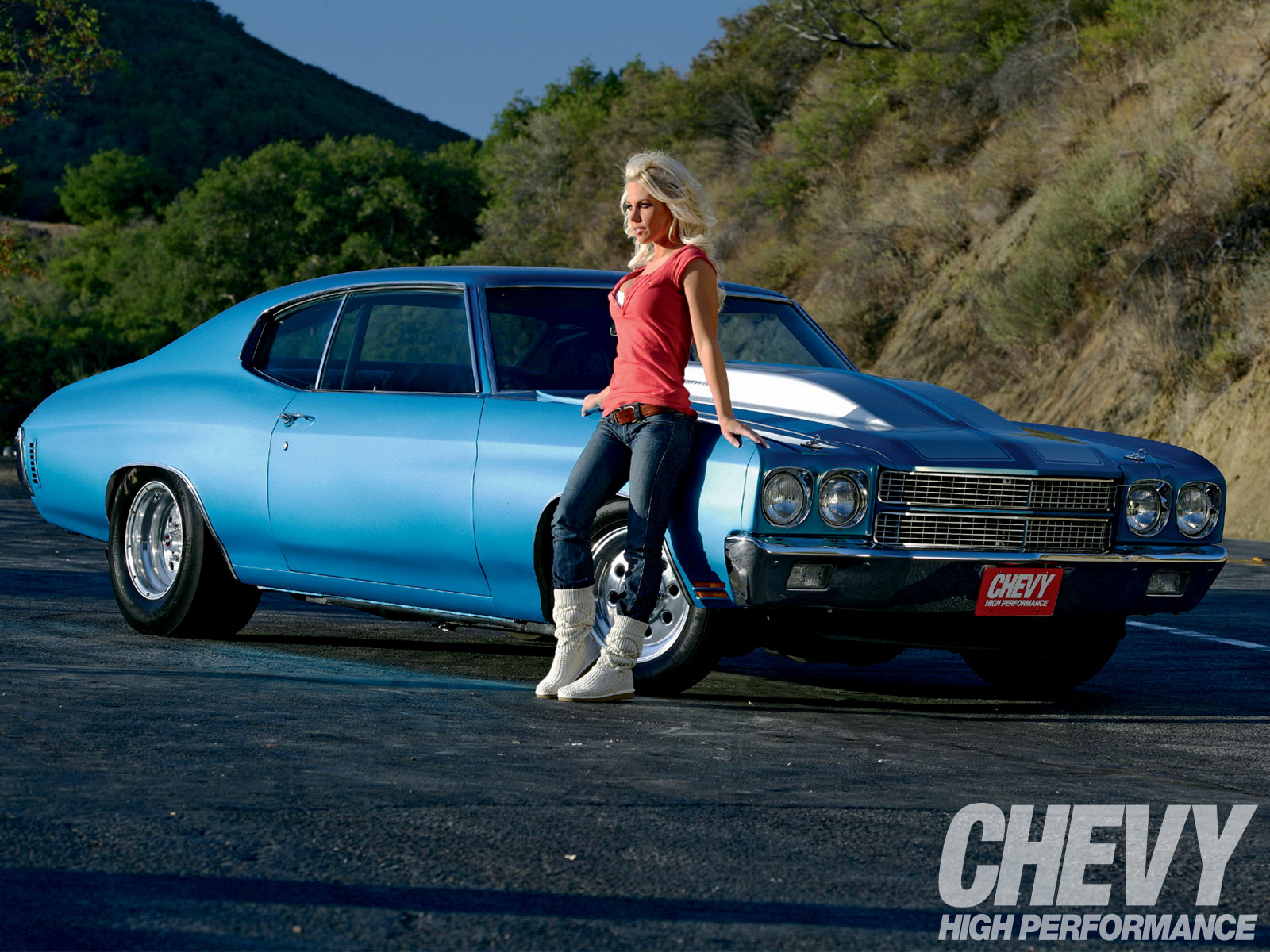 Photos of Hot Girls With Classic Cars Complex