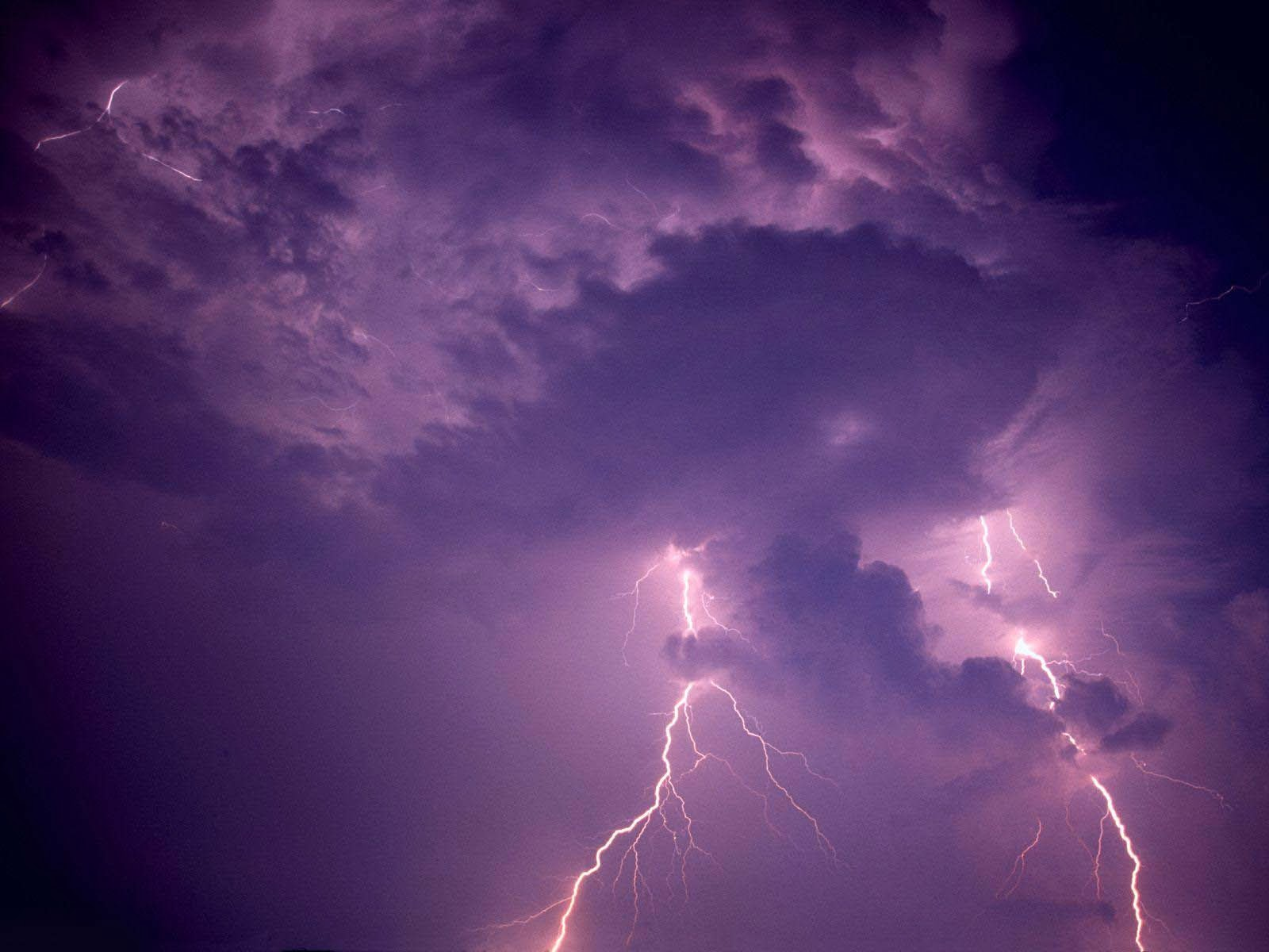 Beautiful Wallpapers For Desktop sky lightning wallpapers hd 1600x1200