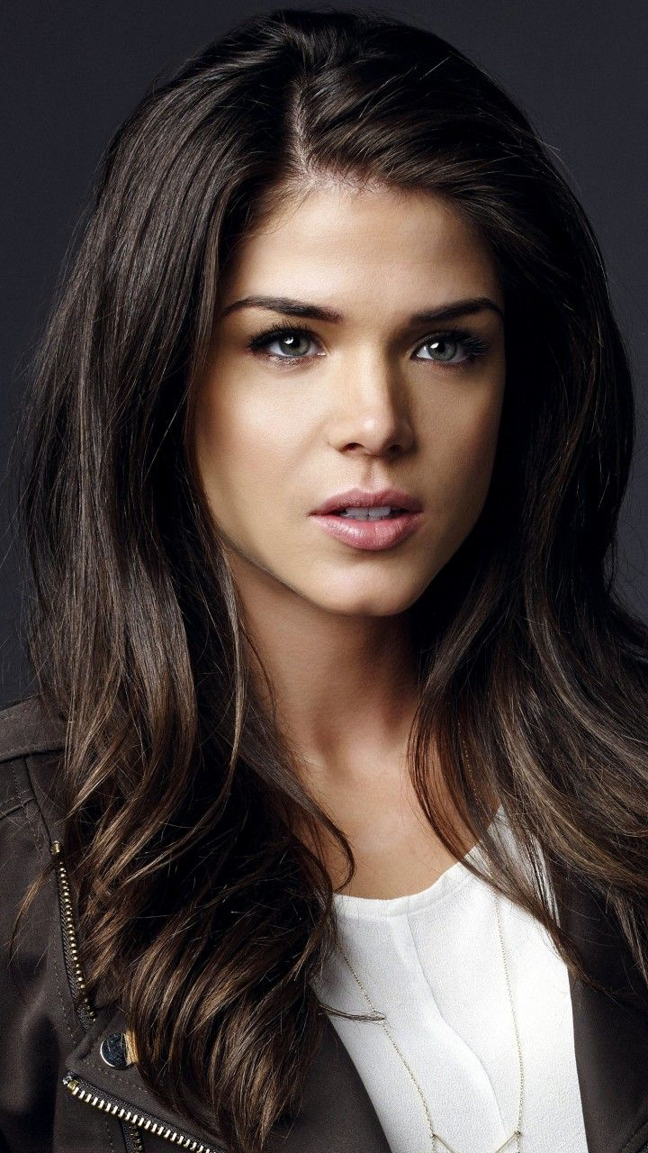 Rufina Hilaria CANUIS Marie Avgeropoulos 3 in 2019 Marie 720x1280