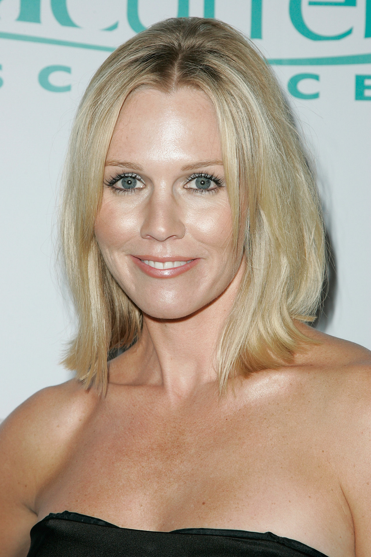 wallpapers gart jennie garth picture stand cancer arrivals jennie 1280x1919