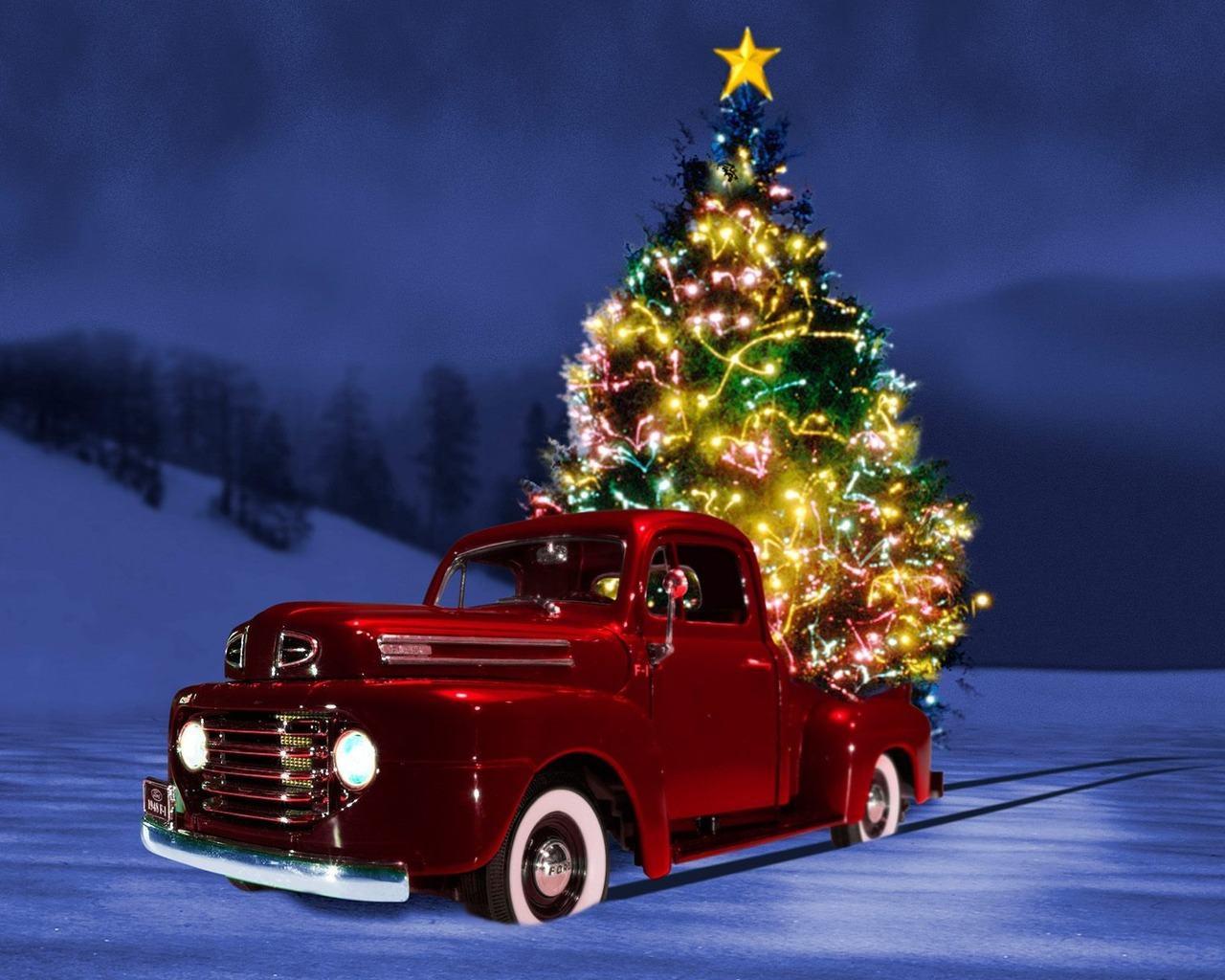 Free Christmas Wallpaper Backgrounds - WallpaperSafari