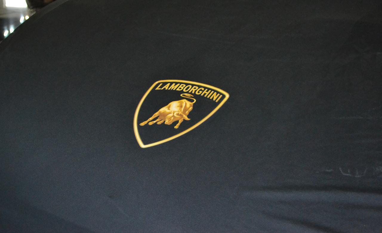 Lamborghini Gallardo police car badge photo 1280x782