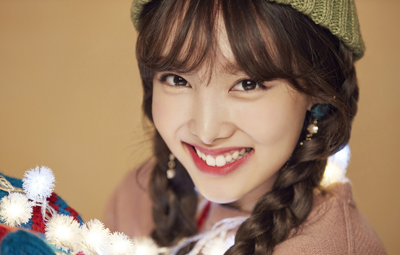 Wallpaper Girl Music Kpop Twice Nayeon Merry and Happy images 1332x850