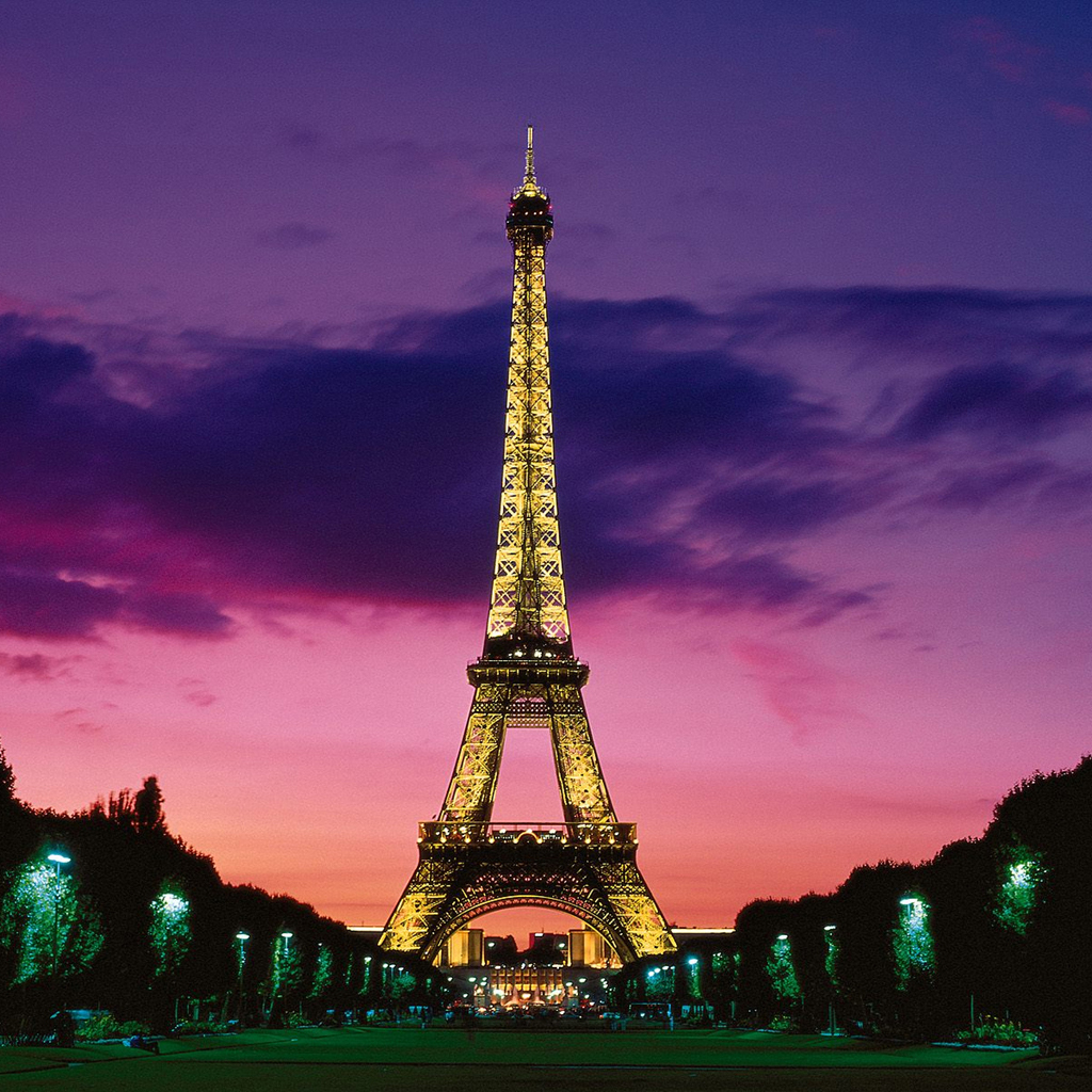 Cool Eiffel Tower Ipad Wallpapers 1024x1024 Hd Wallpaper For My Phone 1024x1024