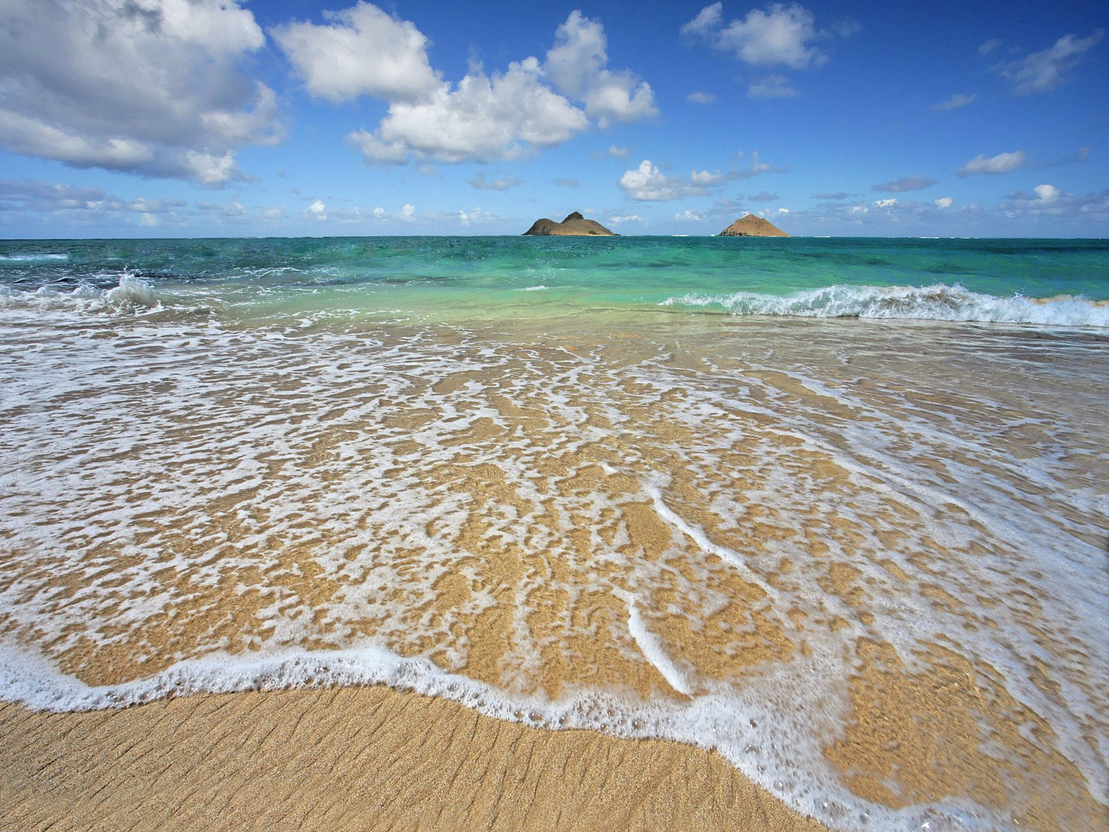 Lanikai Shoreline Oahu Hawaii wallpaper 1600x1200