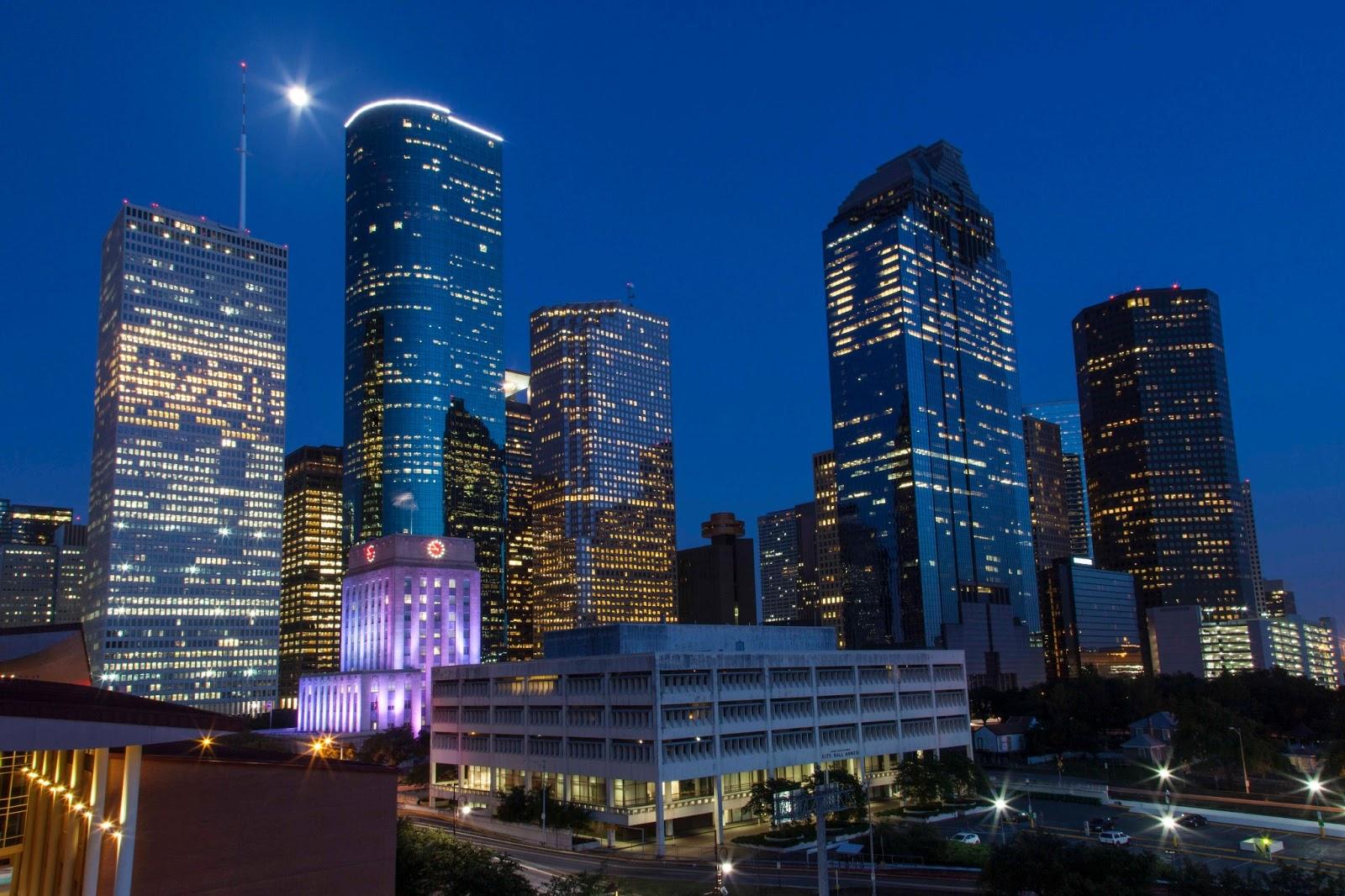 Houston Skyline Desktop Wallpaper: City Of Houston Wallpaper HD