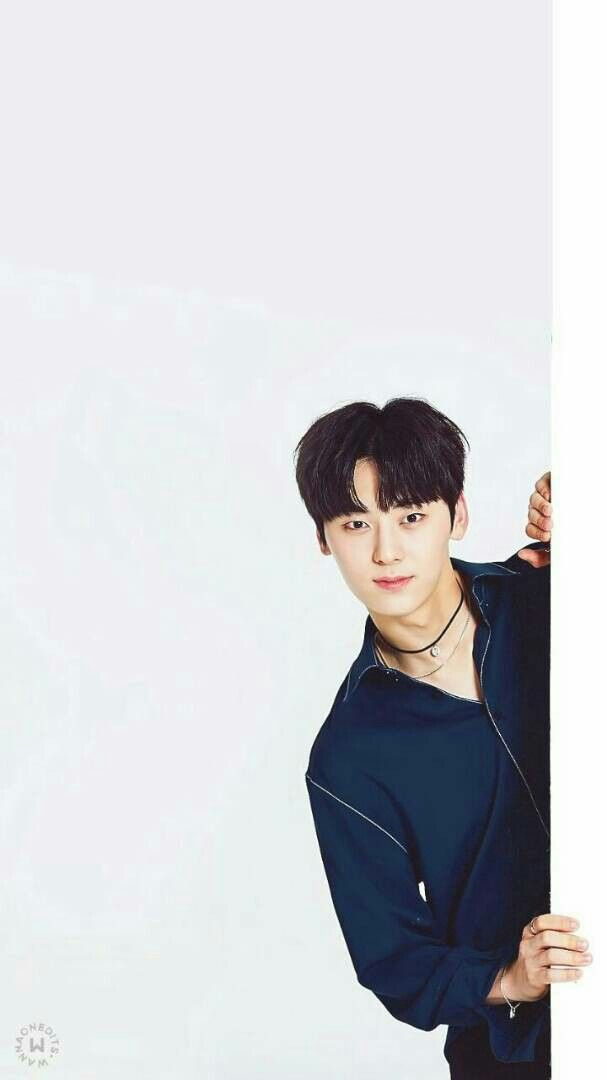 Hwang Min hyun Wanna one Nu est minhyun Nu est Kpop 607x1080