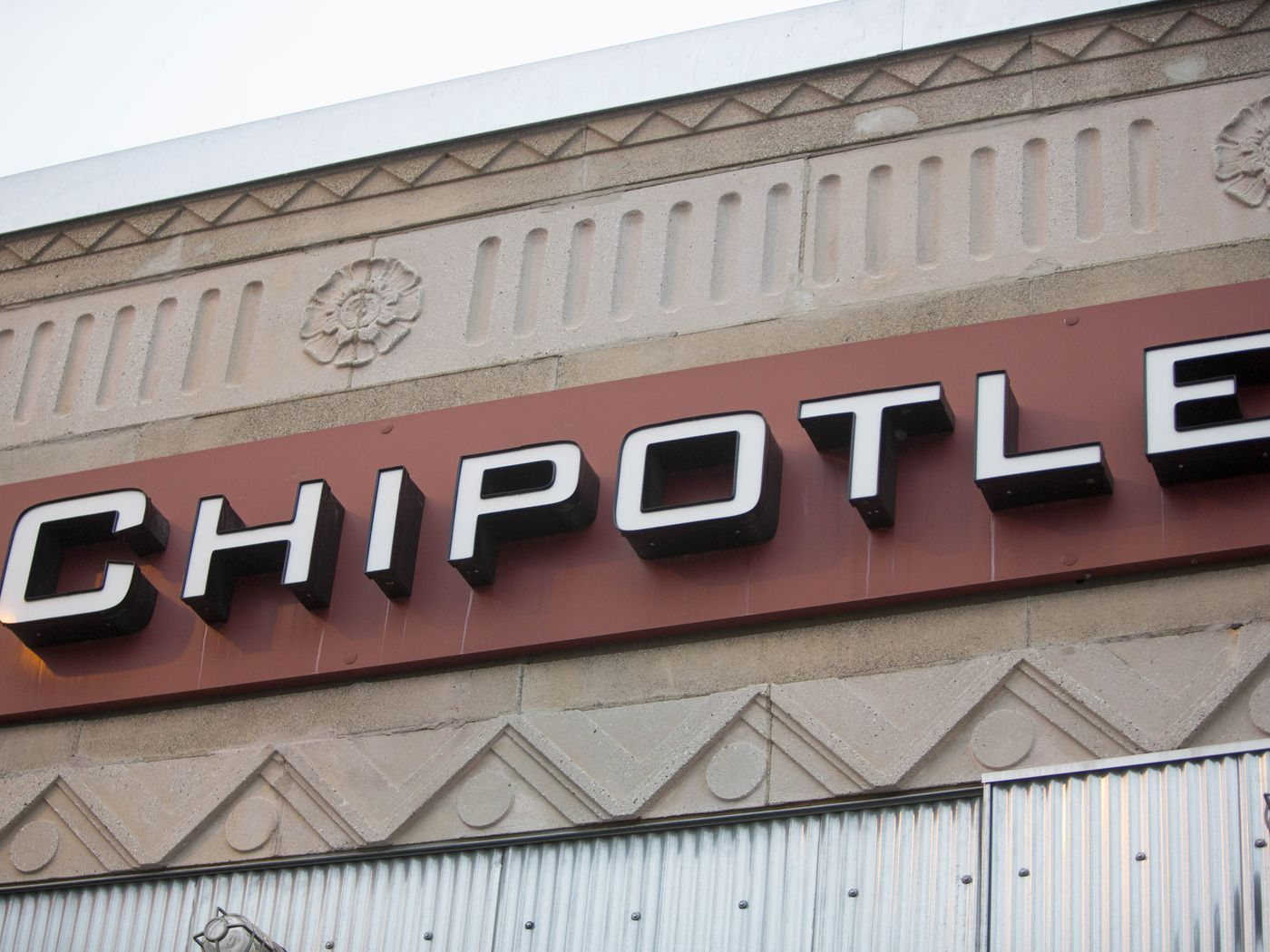 Chipotle Expects to Post a Big First Quarter Loss   Eater 1400x1050