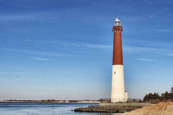 as old barney this new jersey lighthouse perches precariously on the 608x405